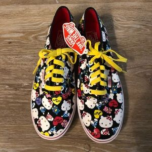 Hello Kitty Vans, Women's 8.5 **NEVER WORN**